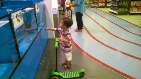 There's even a running track (with toy cars and kid-sized shopping carts) inside the Fairprice Xtra